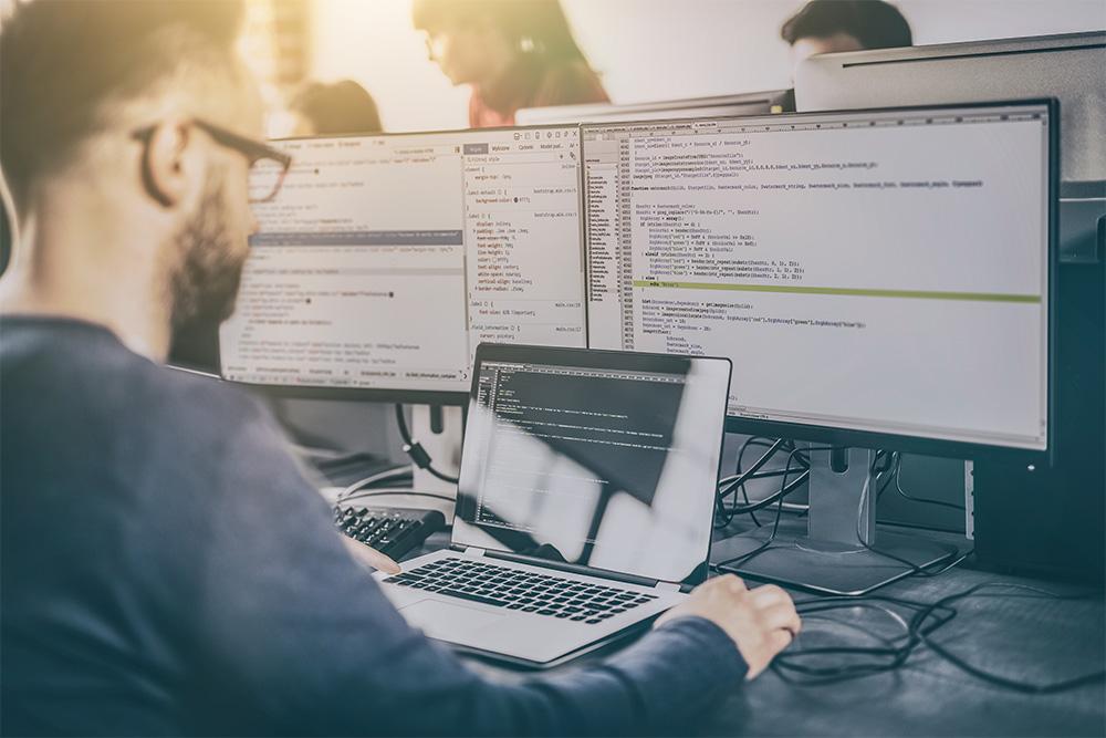 programming customer relationship center